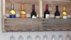 Pallet Wine Rack | DIY Joy Projects and Crafts Ideas