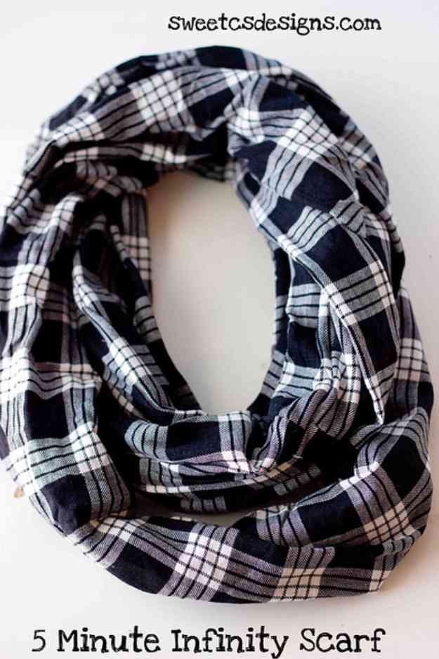 Sewing Ideas for Clothes | DIY Infinity Scarf Tutorial #sewingideas #sewingprojects