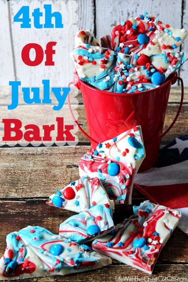 4th of July Desserts Patriotic Bark Recipe | DIY Projects & Crafts by DIY JOY #fourthofjuly #july4th #desserts