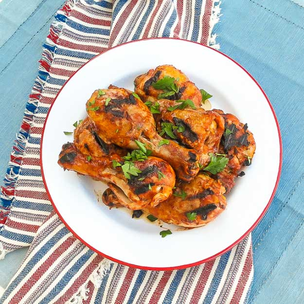 Best 4th of July Recipes and Backyard BBQ ideas - Grilling Recipes BBQ Chicken at #fourthofjuly