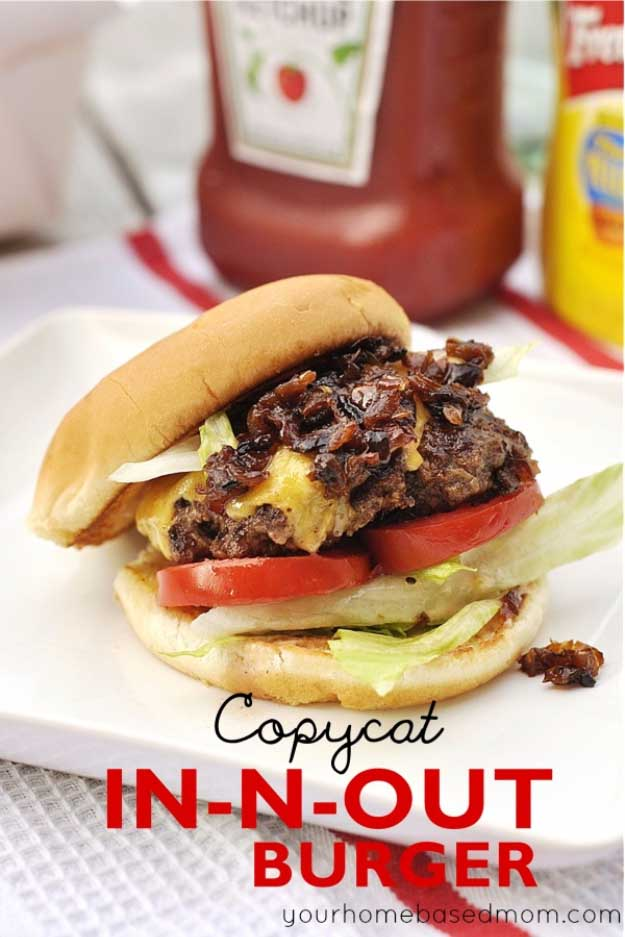 Best 4th of July Recipes and Backyard BBQ ideas - Perfect Burger Recipe for In and Out Copycat at #fourthofjuly