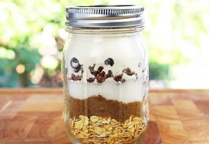 How to Make Mason Jar Cookies