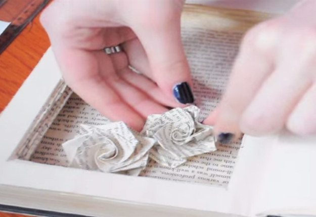 DIY Projects & Crafts by DIY JOY at http://diyjoy.com/diy-hollow-booksafe