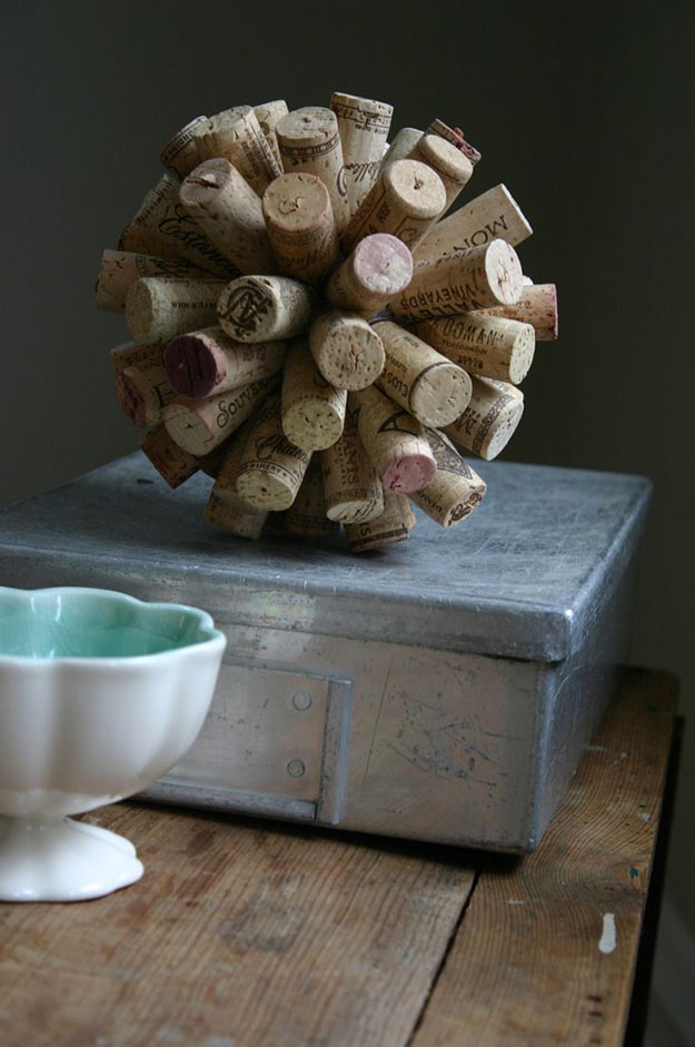 Easy Wine Cork Crafts for Small DIY Home Decor Ideas - DIY Wine Cork Ball - DIY Projects & Crafts by DIY JOY #crafts