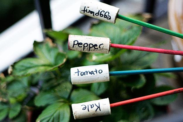 Easy Wine Cork Crafts for Garden Projects - DIY Wine Cork Plant Markers - DIY Projects & Crafts by DIY JOY #crafts