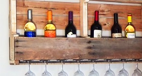 DIY Pallet Projects for the Wall | Cheap Storage Solutions | DIY Pallet Wine Rack | DIY Projects and Crafts by DIY JOY at