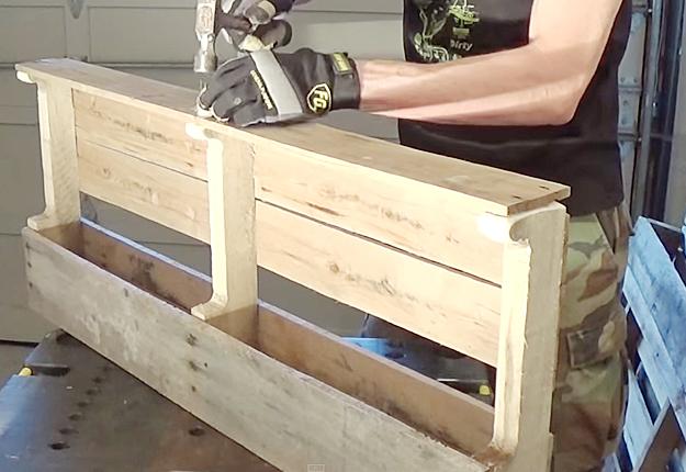 diy wood pallet wine rack. Black Bedroom Furniture Sets. Home Design Ideas