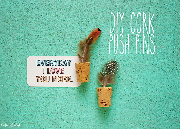Easy Wine Cork Crafts Cork Board Ideas - DIY Wine Cork Pushpins - DIY Projects & Crafts by DIY JOY at http://diyjoy.com/diy-wine-cork-crafts-craft-ideas