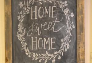 DIY Rustic Chalkboard Sign