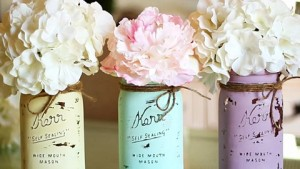 Mason Jar Crafts – How To Chalk Paint Your Mason Jars