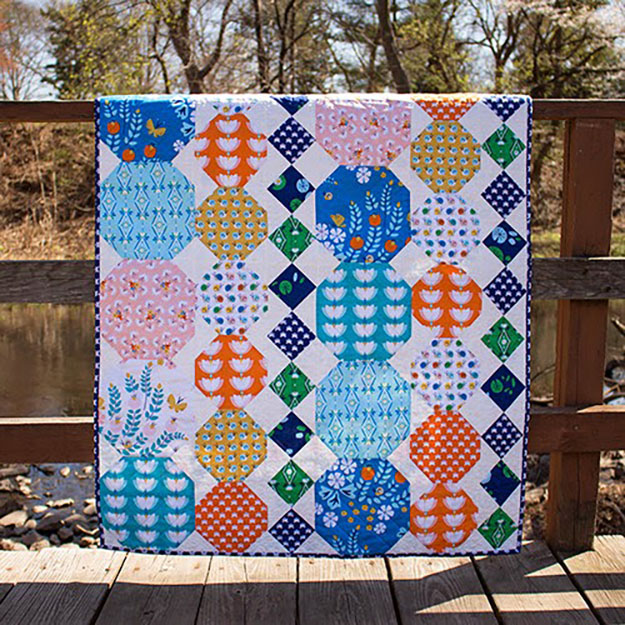 Hexagon Quilt Pattern   Easy Sewing Pattern   DIY Projects & Crafts by DIY JOY at