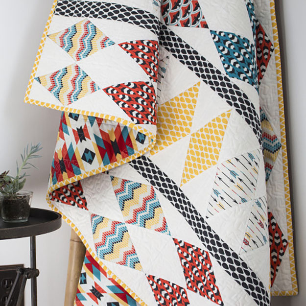 Free Modern Quilt Pattern | Easy Geometric Design Quilt | DIY Projects & Crafts by DIY JOY at http://diyjoy.com/free-quilt-patterns-easy-sewing-projects