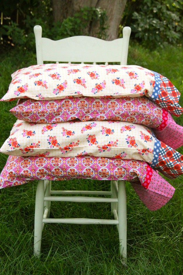 Diy Pillowcase Projects: Sewing Projects for The Home  DIY Pillowcase Ideas   DIY JOY,