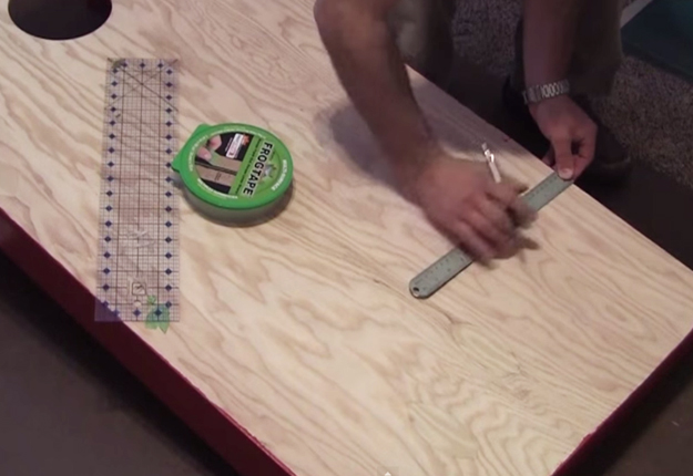 How-to-Build-Cornhole-Toss-Boards-18   DIY Projects & Crafts by DIY JOY at http://diyjoy.com/diy-games-how-to-make-cornhole-boards
