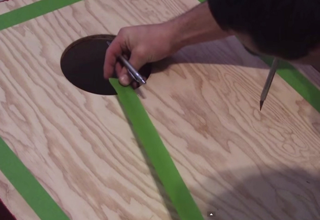 How-to-Build-Cornhole-Toss-Boards-19 | DIY Projects & Crafts by DIY JOY at http://diyjoy.com/diy-games-how-to-make-cornhole-boards