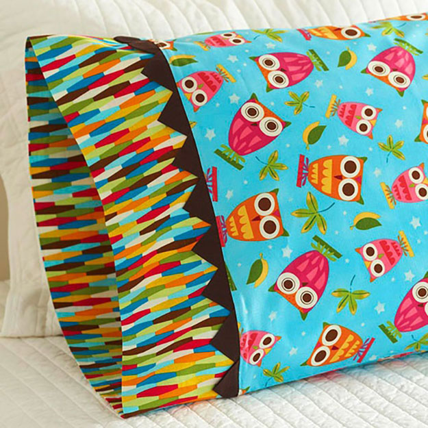 DIY Sewing Projects- Pillowcase Ideas - Prairie Point Pillowcase Tutorial #sewing #pillowcases