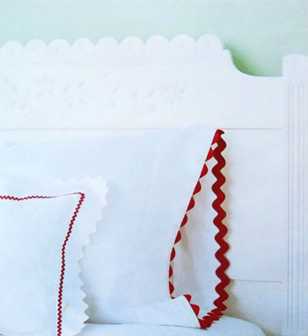 DIY Sewing Projects- Pillowcase Ideas -Rickrack Trim Pillowcase Idea #sewing #pillowcases