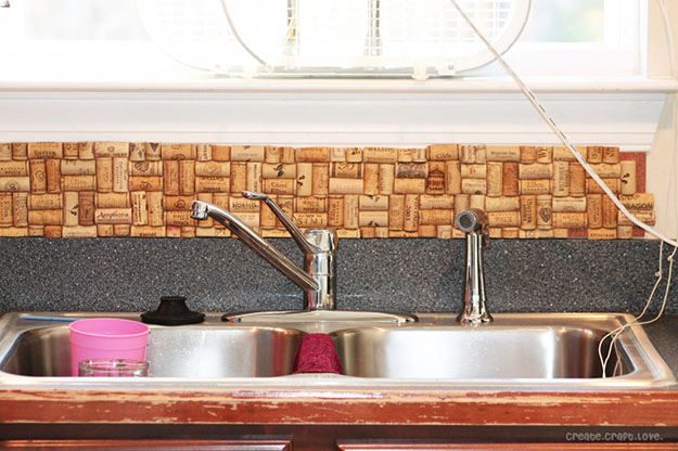 diy wine cork kitchen projects & decor idea - wine cork backsplash