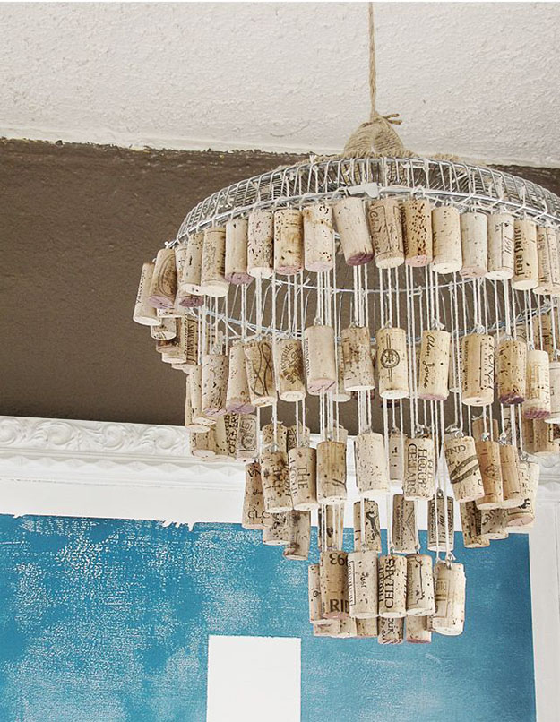 Wine Cork Crafts for Easy Home Decor - Wine Cork Chandelier - DIY Projects & Crafts by DIY JOY