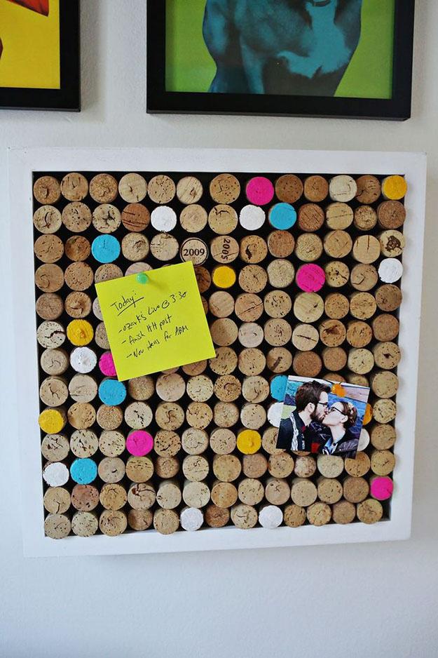 Easy Wine Cork Craft & Homemade Corkboard Ideas - DIY Wine Cork Board - DIY Projects & Crafts by DIY JOY #crafts