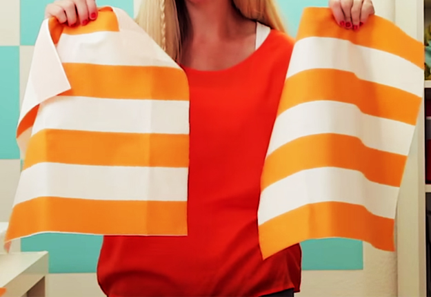 How to Sew A Pillow Sham - Easy DIY Sewing Projects DIY Projects & Crafts by DIY JOY at http://diyjoy.com/easy-sewing-projects-how-to-make-a-pillow