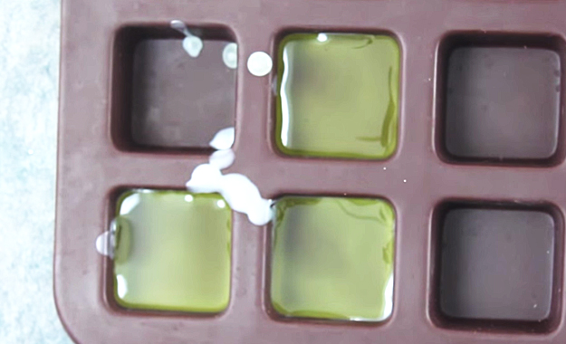 DIY-Lotion-Bars-4 at http://diyjoy.com/diy-lotion-bars