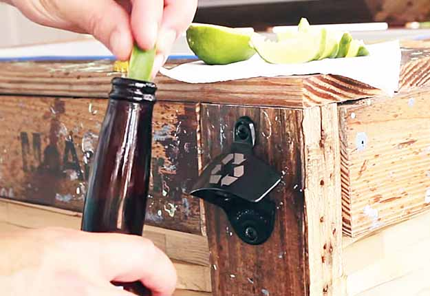 how to build rustic furniture farmhouse table easy pallet project ideas diy outdoor furniture tutorials rustic cooler box how to build