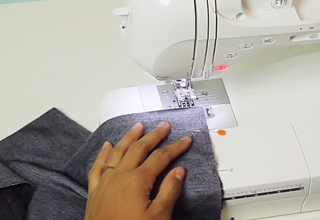 DIY Sewing Projects for Women | Easy DIY Clothes | How to Make a Maxi Skirt | DIY Projects & Crafts by DIY JOY at http://diyjoy.com/diy-fashion-how-to-make-a-maxi-skirt
