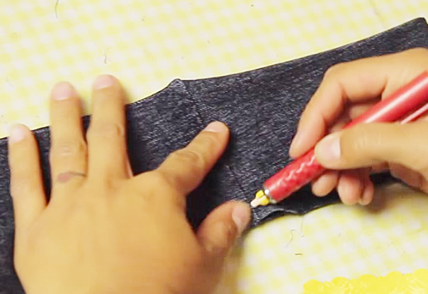 Quick Sewing Projects for Beginners | Easy DIY Clothes for Women | DIY Maxi Skirt | DIY Projects & Crafts by DIY JOY at http://diyjoy.com/diy-fashion-how-to-make-a-maxi-skirt
