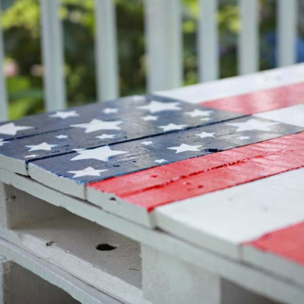 Rustic DIY Ideas With the American Flag | Patriotic Flag Country Crafts and  DIY Projects for the Home and Backyard | Patriotic DIY Pallet Coffee Table | http://diyjoy.com/diy-projects-decor-american-flag