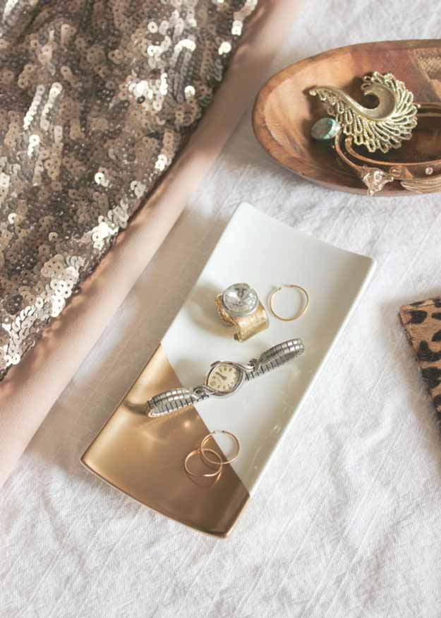 Cheap DIY Gifts | Easy Crafts for the Home | DIY Jewelry Tray | DIY Projects & Crafts by DIY JOY