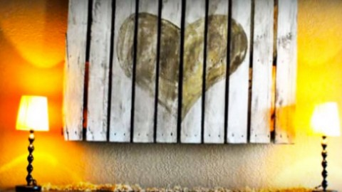 30 Rustic DIY Wood Pallet Art Ideas Your Walls Absolutely Need | DIY Joy Projects and Crafts Ideas