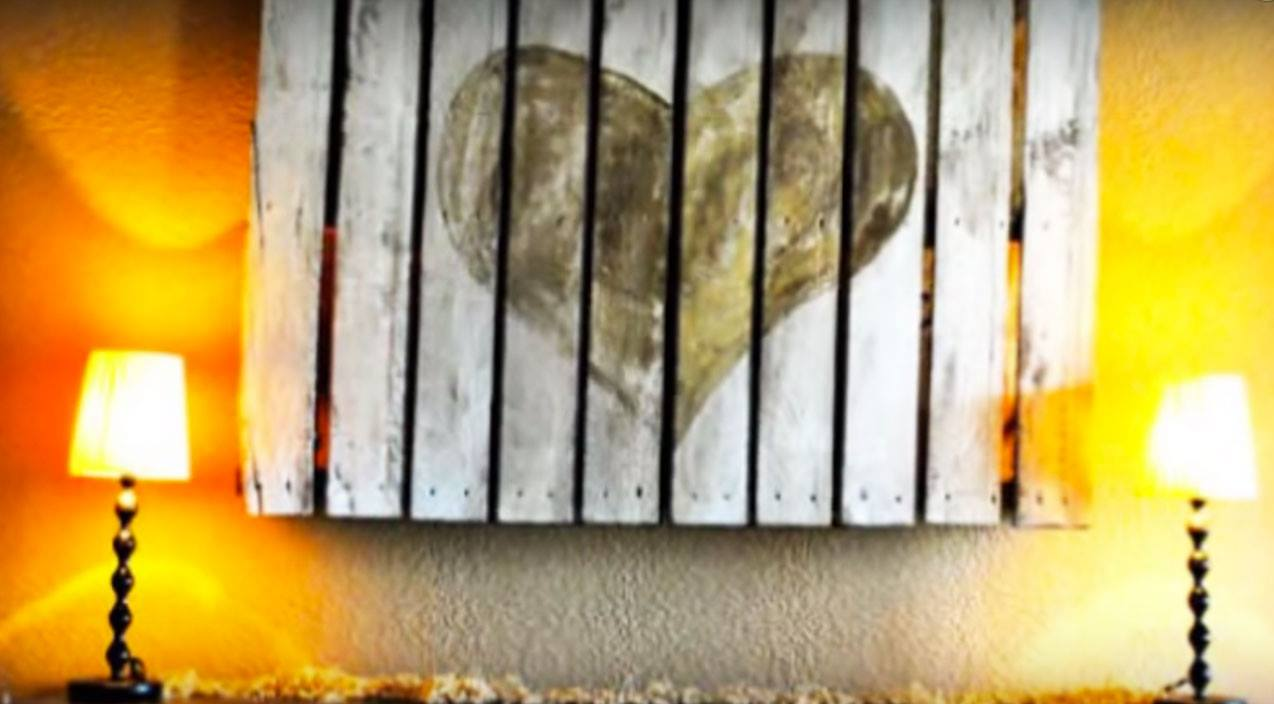 30 rustic diy wood pallet art ideas your walls absolutely need solutioingenieria Gallery