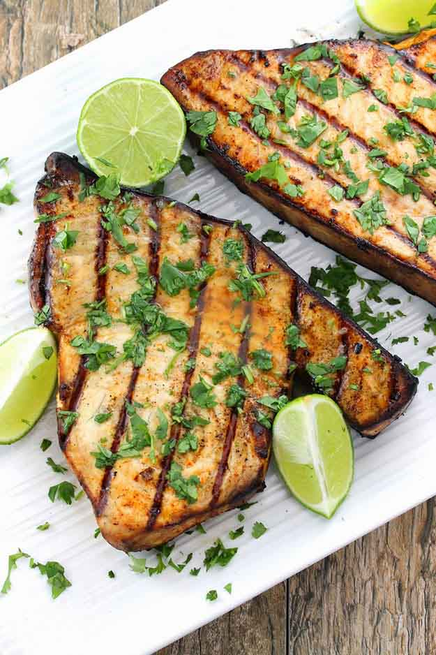 Easy Fish Dinner Grilling Recipes | Healthy Paleo BBQ Recipes | DIY Projects & Crafts by DIY JOY at http://diyjoy.com/grilling-recipes-diy-bbq-ideas