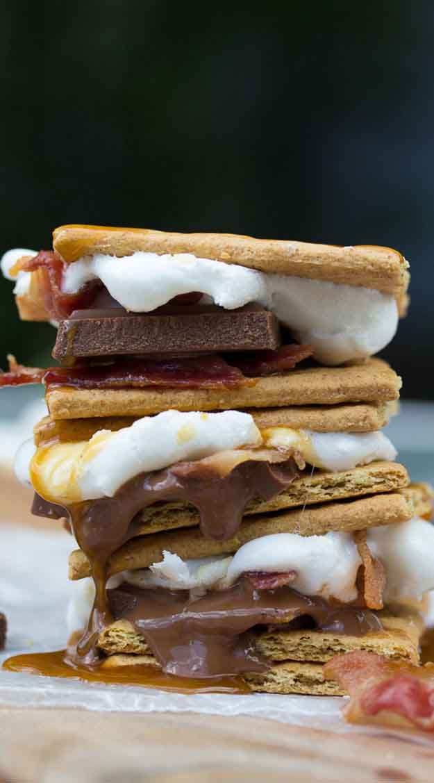 Quick & Easy Desserts Grilling Recipes | Grilled Caramel Bacon S'mores | DIY Projects & Crafts by DIY JOY at http://diyjoy.com/grilling-recipes-diy-bbq-ideas