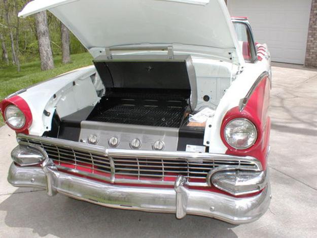 Repurposed Car Parts Ideas - DIY Grilling Station from Vintage Car - DIY Projects & Crafts by DIY JOY #diy