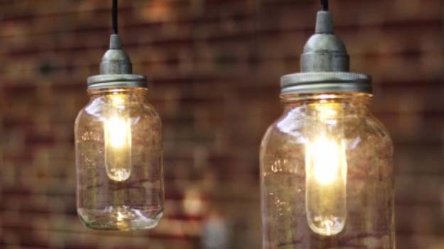 DIY Lighting Ideas and Cool DIY Light Projects for the Home. Chandeliers, lamps, awesome pendants and creative hanging fixtures,  complete with tutorials with instructions | DIY Mason Jar Pendant Lights | http://diyjoy.com/diy-projects-lighting-ideas