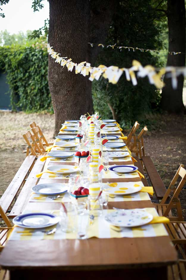 Labor Day Party DIY Decor Ideas - Summertime Table Decorations - DIY Projects & Crafts by DIY JOY at http://diyjoy.com/party-ideas-labor-day-food-diy-decor