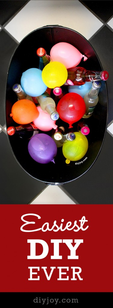 Easy DIY Party Ideas - Frozen Water Balloons for Drinks by diy joy crafts at http://diyjoy.com/pinterest-crafts-diy-party-decorations