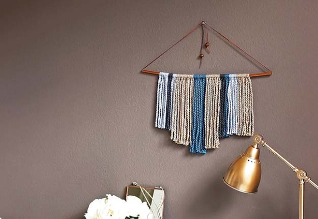 Cheap DIY Projects for the Home - Yarn DIY Hanging Wall Decor - DIY Projects & Crafts by DIY JOY #diy #quickcrafts #crafts #easycraftss