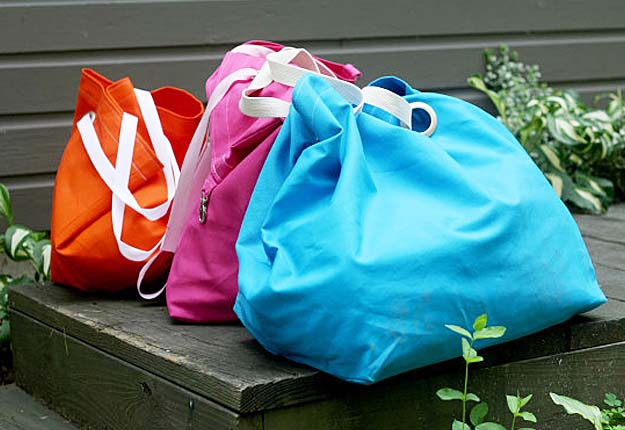 Easy DIY Projects for College Students - DIY Tote Bag Sewing Tutorial - DIY Projects & Crafts by DIY JOY #diy #quickcrafts #crafts #easycraftss