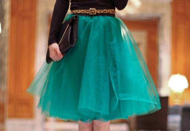 DIY Projects for Teen Girls to Make in Under an Hour - Easy Tulle Skirt Sewing Tutorial - DIY Projects & Crafts by DIY JOY #diy #quickcrafts #crafts #easycraftss