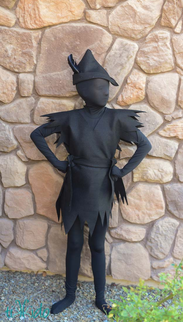 Last Minute DIY Halloween Costumes - Quick Ideas for Adults, Kids and Teens - Peter Pan Shadow Costume Tutorial