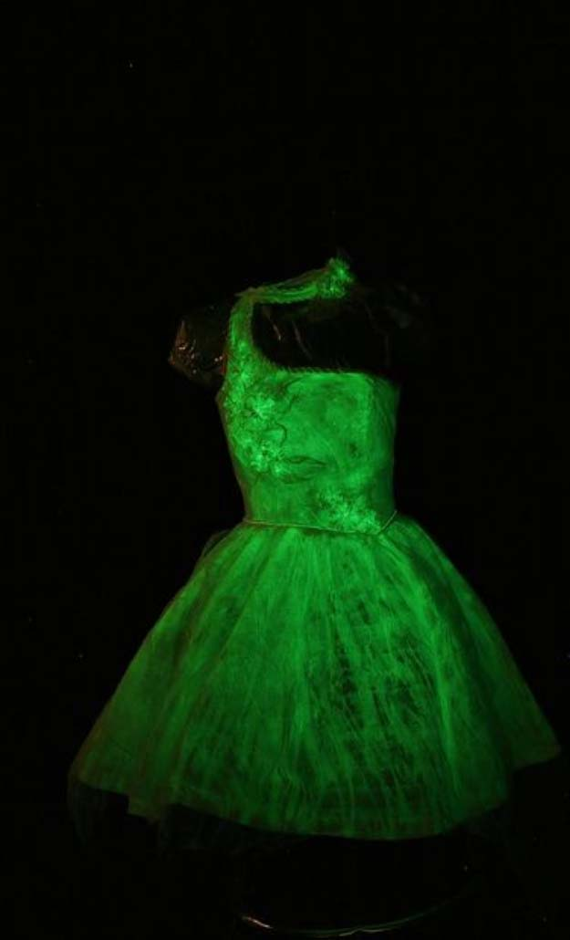 Last Minute DIY Halloween Costumes - Quick Ideas for Adults, Kids and Teens - The Glowing Gown Costume Tutorial