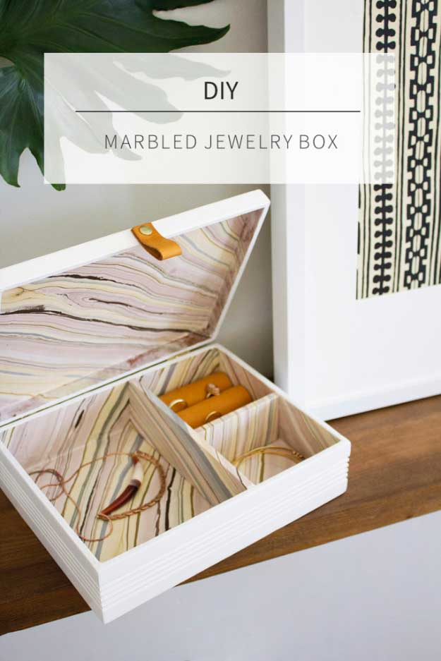 27 MORE Expensive Looking DIY Gifts. Crafts and DIY Gift Ideas for Him, for Her, for Family and Friends. Perfect for Birthday, Christmas, Mom and Dad. | Marbled Jewelry Box | http://diyjoy.com/homemade-diy-gifts-pinterest