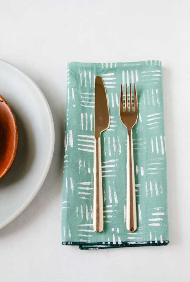 27 MORE Expensive Looking DIY Gifts. Crafts and DIY Gift Ideas for Him, for Her, for Family and Friends. Perfect for Birthday, Christmas, Mom and Dad. | Stamped Napkins | http://diyjoy.com/homemade-diy-gifts-pinterest