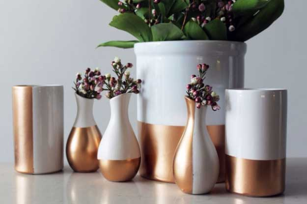 27 MORE Expensive Looking DIY Gifts. Crafts and DIY Gift Ideas for Him, for Her, for Family and Friends. Perfect for Birthday, Christmas, Mom and Dad. | DIY Basics: Gold-Dipped Ceramics | http://diyjoy.com/homemade-diy-gifts-pinterest