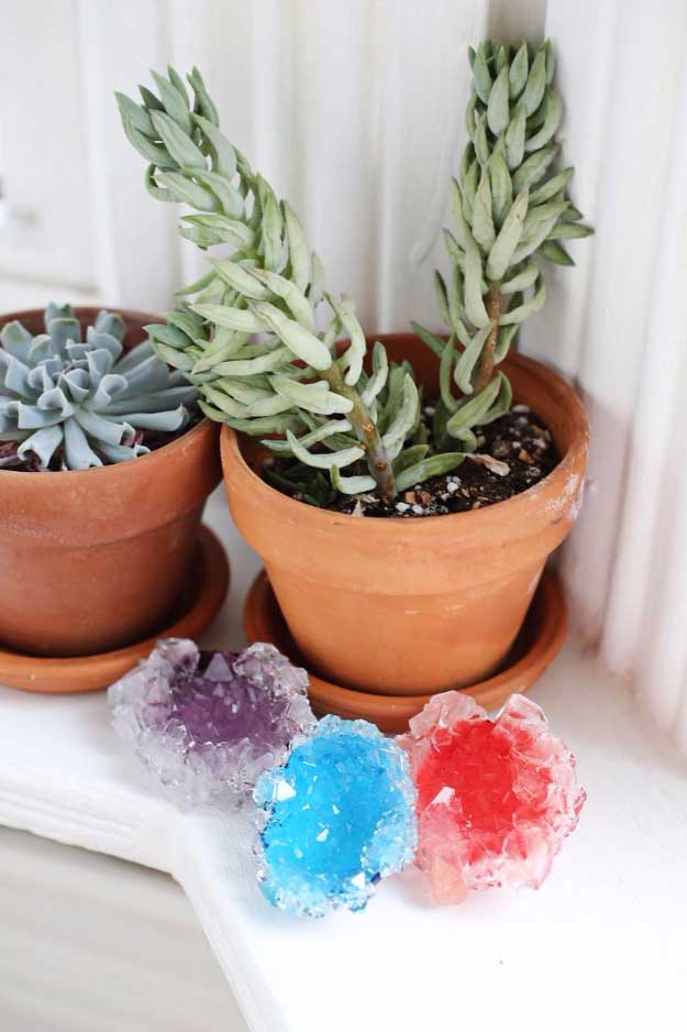 27 MORE Expensive Looking DIY Gifts. Crafts and DIY Gift Ideas for Him, for Her, for Family and Friends. Perfect for Birthday, Christmas, Mom and Dad. | Colorful Home Grown Crystals | http://diyjoy.com/homemade-diy-gifts-pinterest