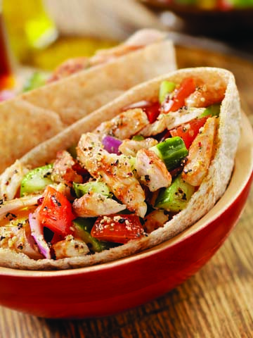 Easy Crock Pot Recipes You Have To Try Today   Best Easy Slow Cooker Recipe Ideas for the Crockpot Include beef stew, chili, chicken dinner dishes, soup and more   Greek Crockpot Chicken Pita Folds  http://diyjoy.com/crock-pot-recipes-slow-cooker-meals/