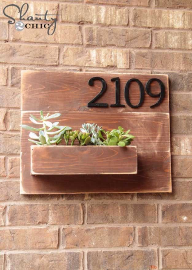 Awesome Crafts for Men and Manly DIY Project Ideas Guys Love - Fun Gifts, Manly Decor, Games and Gear. Tutorials for Creative Projects to Make This Weekend | Address Number Wall Planter #diy #craftsformen #guys #giftsformen